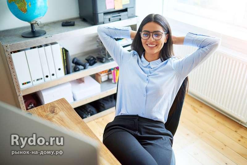 Работа в омске на дому для девушки девушка модель работы магазина