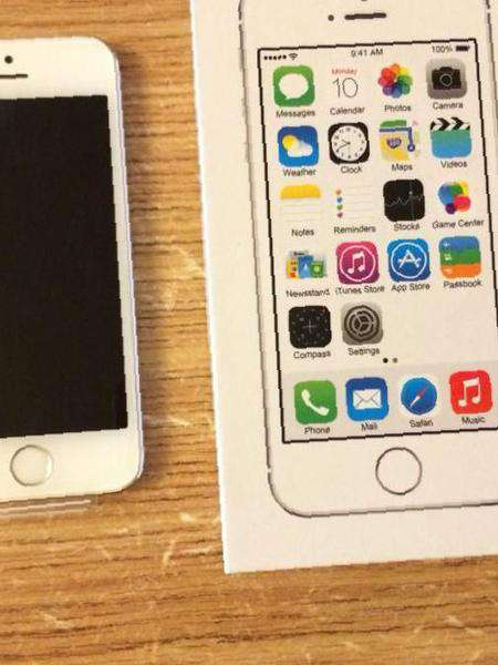 Apple iPhone 5s Silver 16Gb