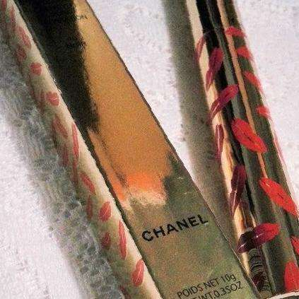 Новая Тушь Chanel inimitable (design with lips)