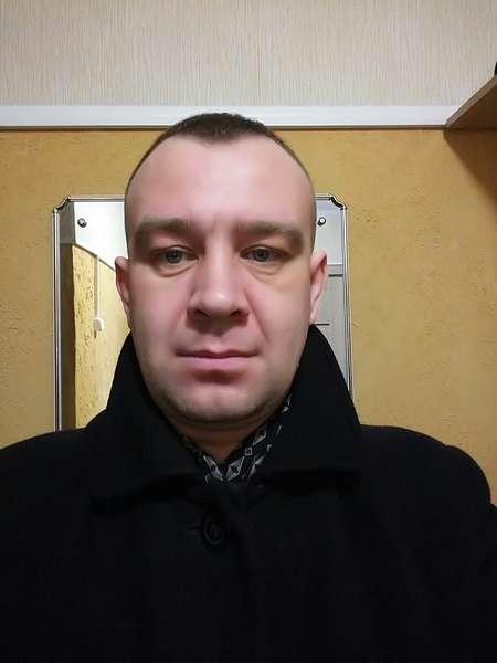 хочу познакомиться с мальчиком лет 16 из московской области