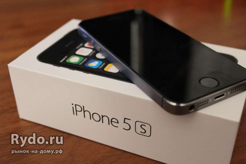 Продаю Apple iPhone 5S 32Gb (A1530). Б/у.