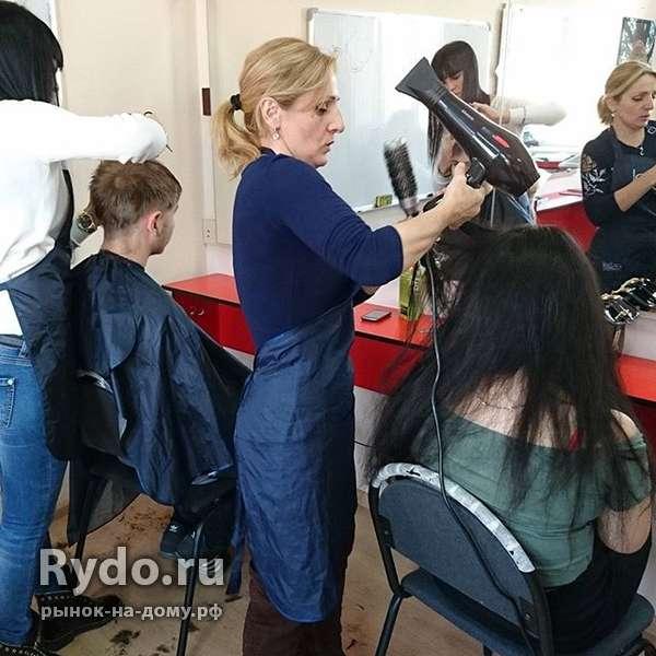 Работа преподавателем парихмахеров