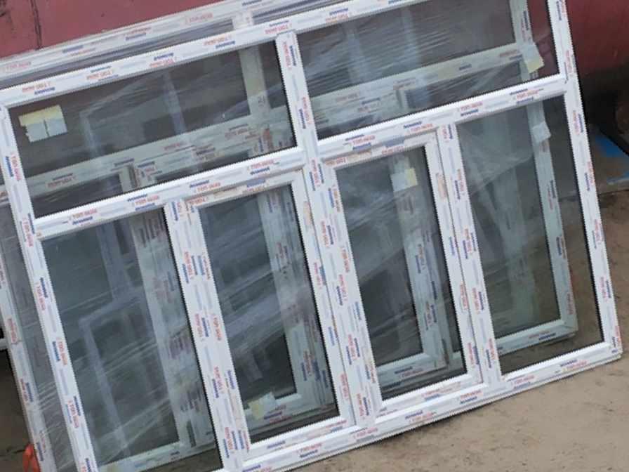 Пластиковая балконная рама дск в нижневартовске, цена 21000.