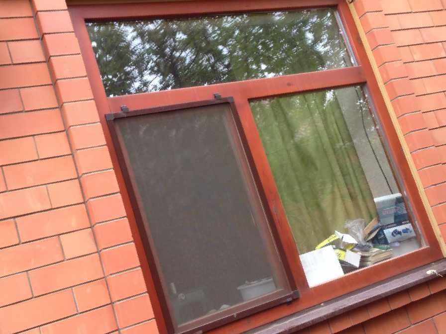 Москитные сетки, цена 550 руб. - окна и балконы в майкопе.