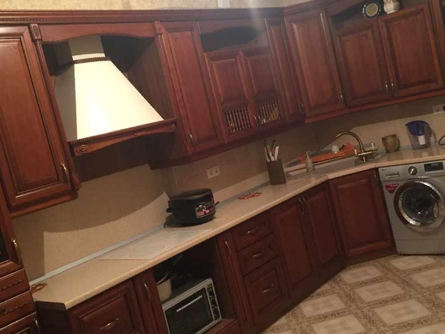 продаю кухонную мебель бу цена 352 000 рублей мебель в