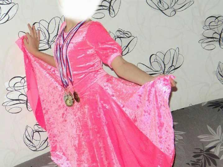 0c8cb4697e1 Платье для бальных танцев — Цена 2 400 рублей — Детские платья и ...